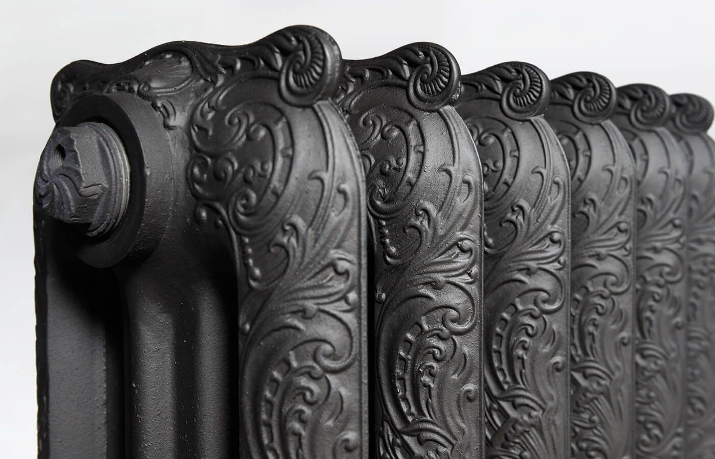 radiateur en fonte ancien trouvez le meilleur prix sur. Black Bedroom Furniture Sets. Home Design Ideas
